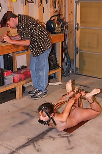 Rigid Hogtie Device